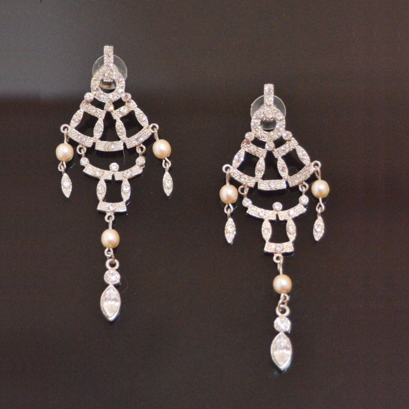 strass earrings with faux pearls Strass und Perlen Ohrhänger Yazzy's Fashion Accessories