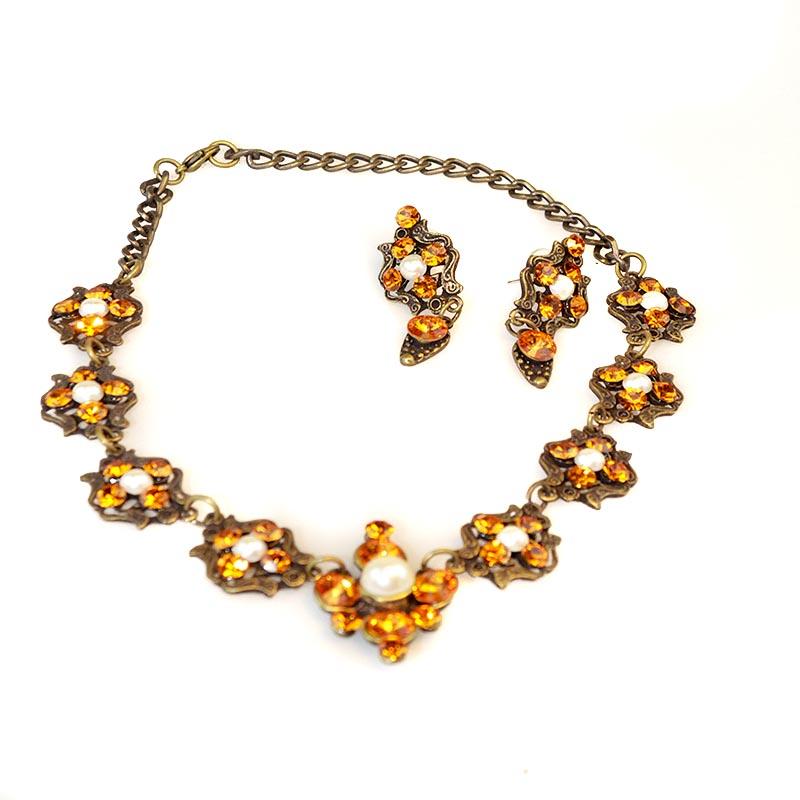 swarovski pearl set with crystals Ensemble de Perles et Swarovski Yazzy's Fashion Accessories