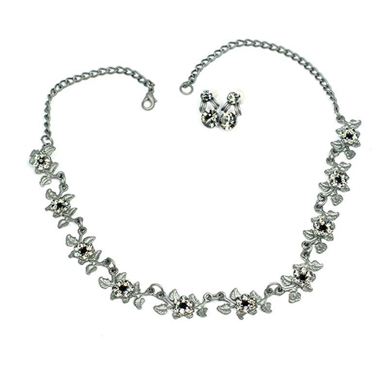 Leaves necklace set with black swarovski crystal
