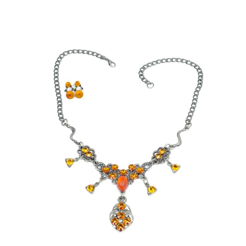 medaillion swarovski necklace set Bijou Avec Pendentif Swarovski Yazzy's Fashion Accessories